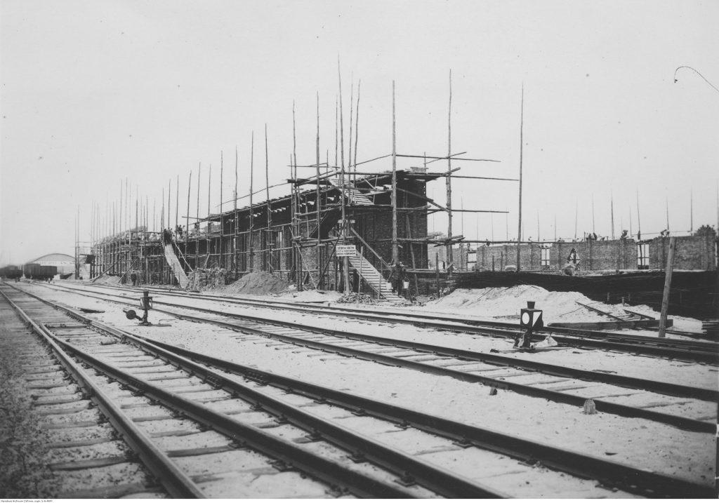 Budowa magazynów Cukroportu.