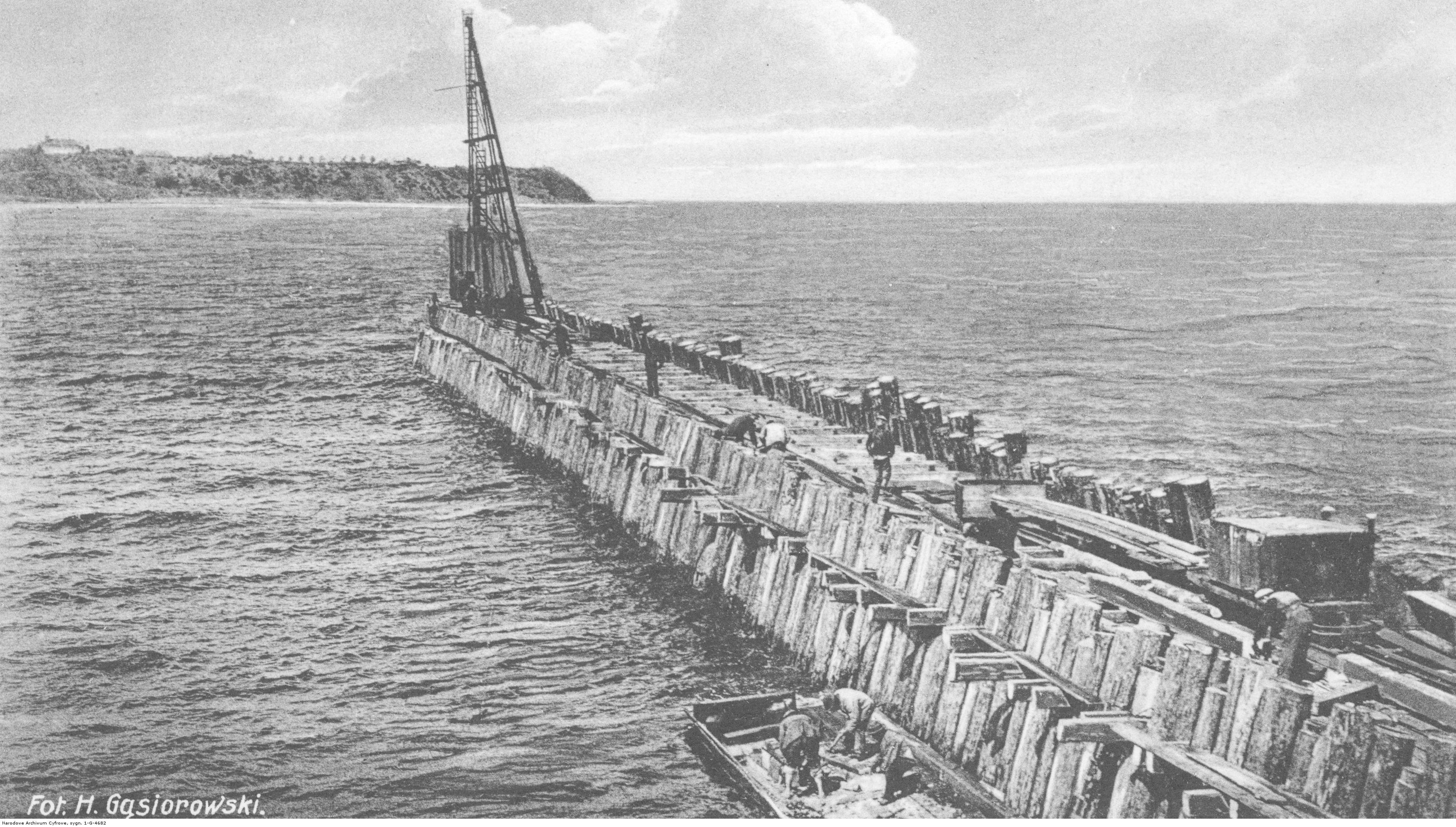 Budowa portu - falochron.