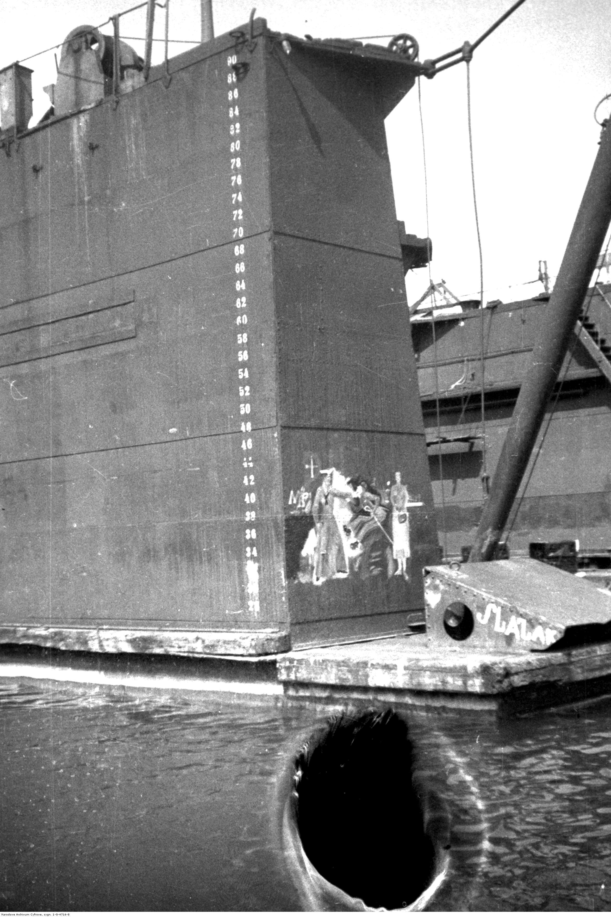 Fragment urządzeń portowych w Gdyni.