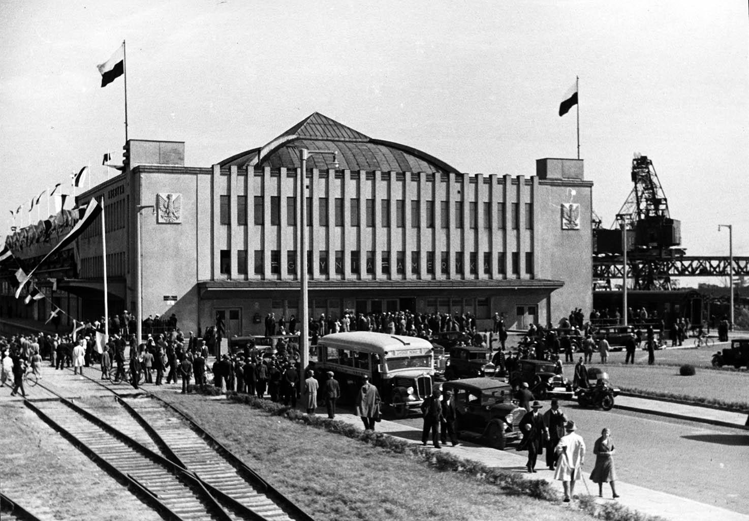 Budynki - Dworzec Morski