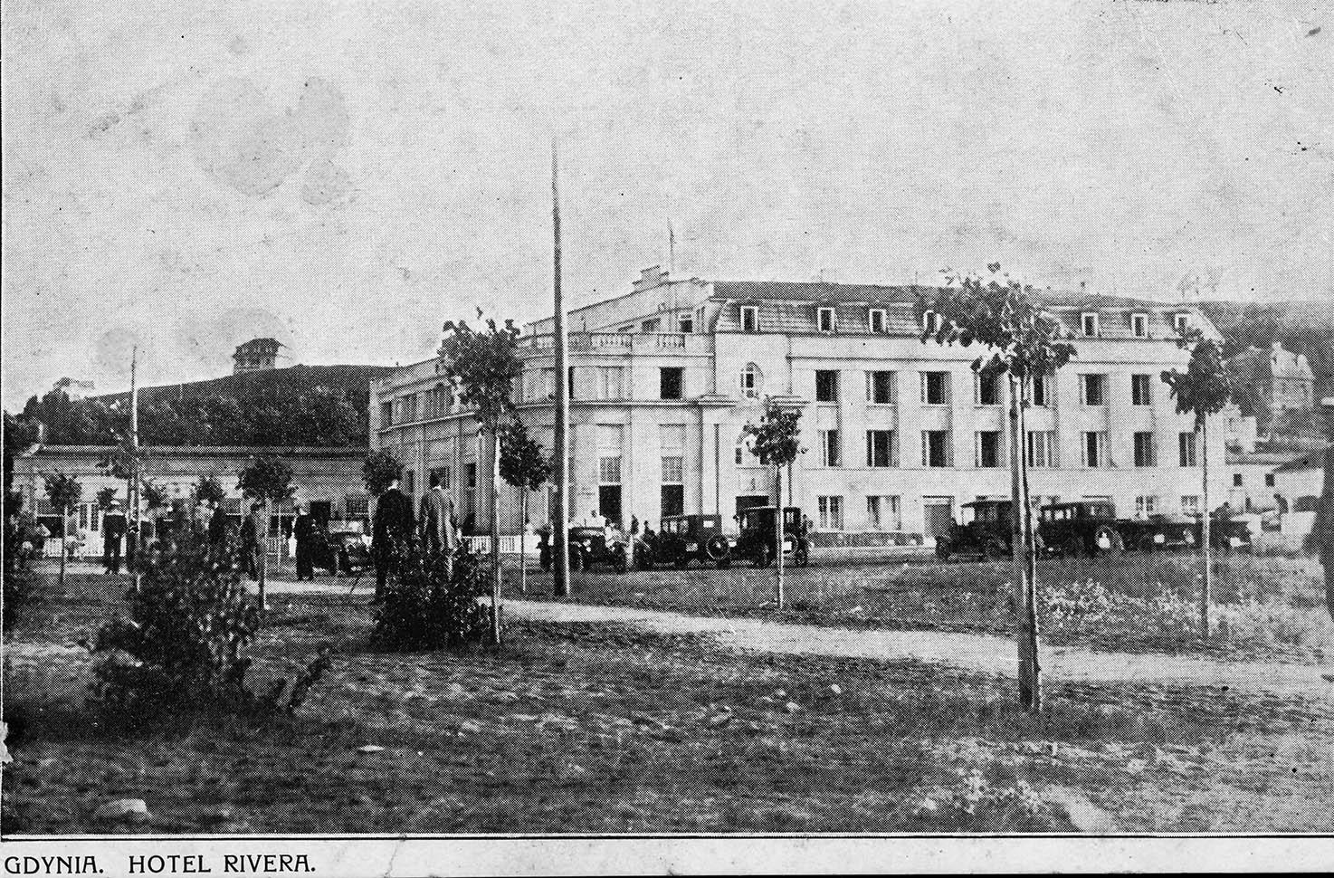 Budynki - Hotel Rivera