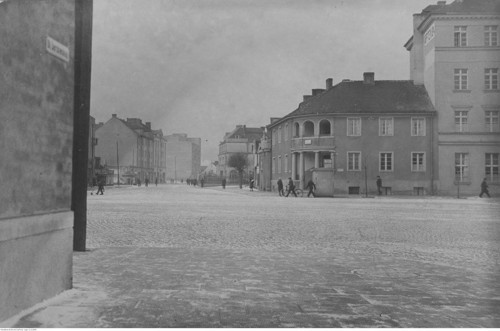 Ulica Świętojańska.