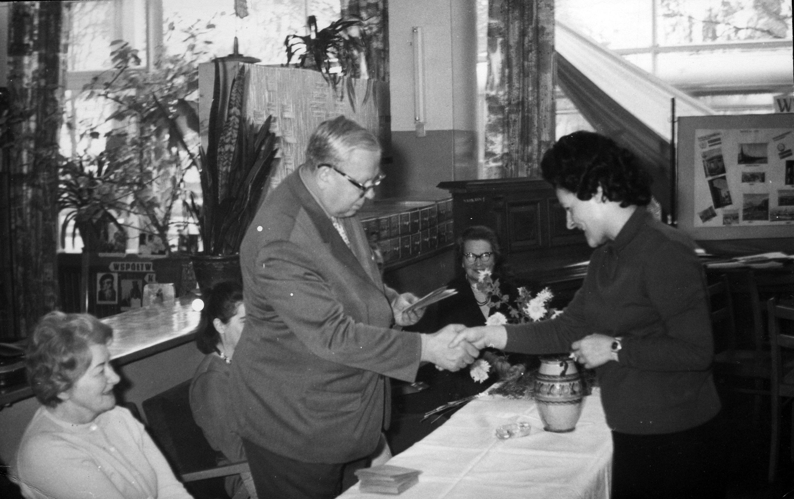 Spotkanie z okazji Dnia Bibliotekarza - lata 50. - 60.