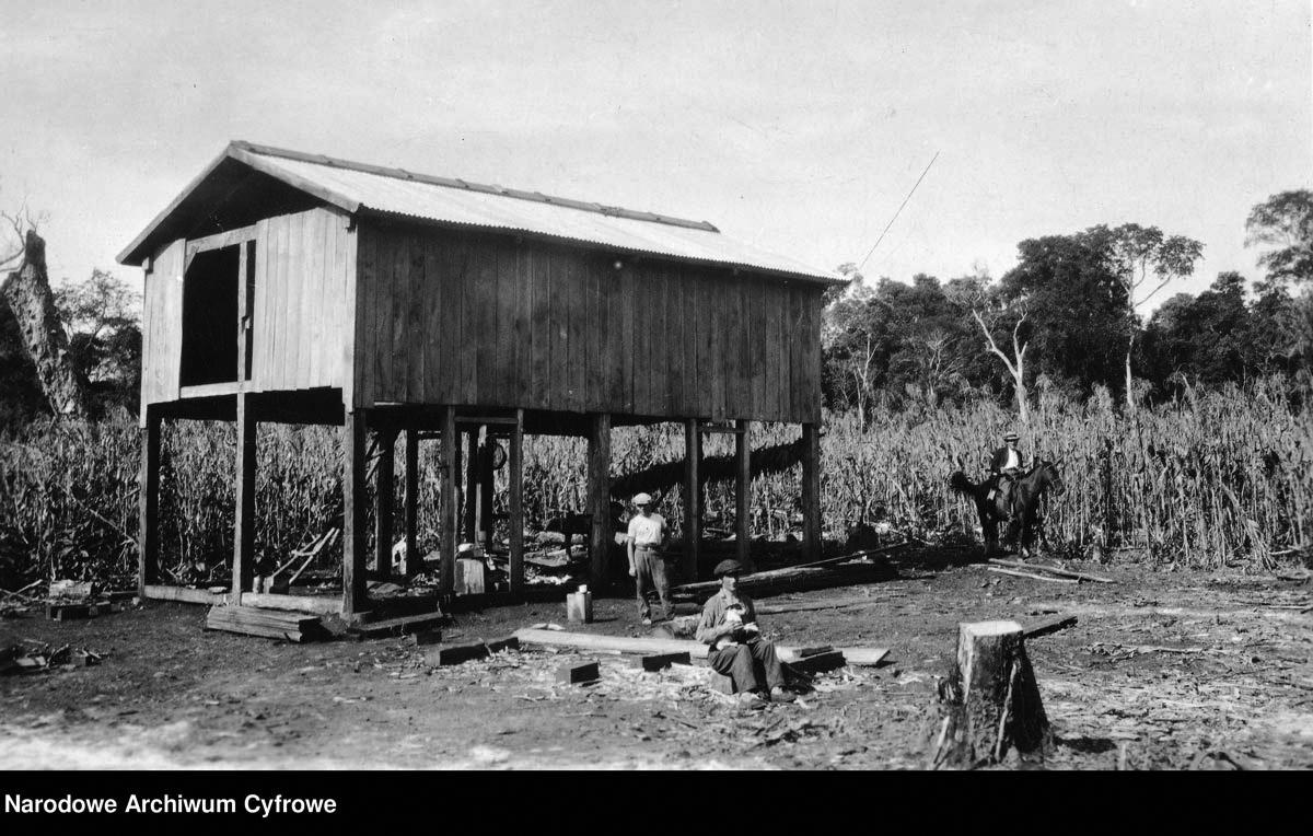 Dom mieszkalny w trakcie budowy [1930]