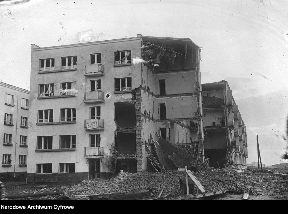 Eksplozja gazu w bloku mieszkalnym w Gdyni