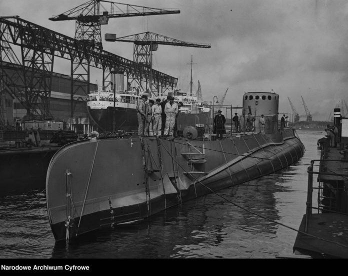 Okręt podwodny ORP SĘP w stoczni w Vlissingen
